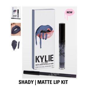 Kylie Cosmetics Makeup - Kylie Cosmetics Lipkit!